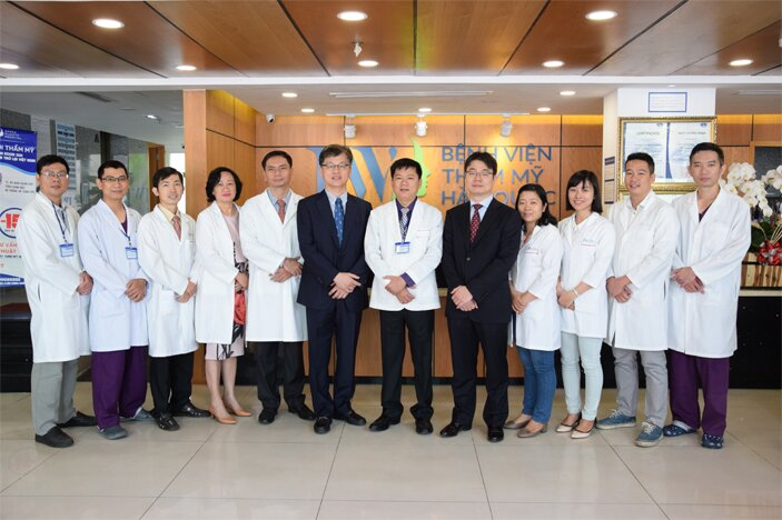 Đội ngũ chuyên gia và các bác sĩ tại Chuyên Khoa Tái thẩm mỹ mũi